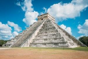 chichen-itza-mayan-pyramid